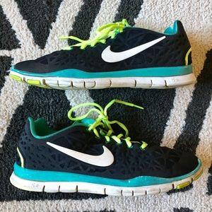 Nike shoes size 10
